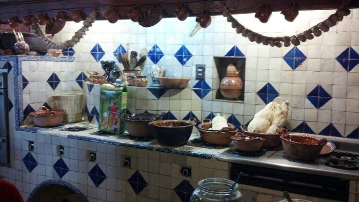 La antigua cocina mexicana marta sanchez llambi for Utensilios de cocina mexicana